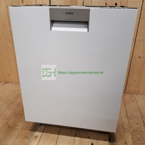 AEG opvaskemaskine med XXL inderkar FFE62800PW *Energiklasse: A++ *Lydniveau: 44 dB *Bestikbakke *ComforLift