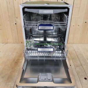 Vi har +200 uklargjorte opvaskemaskiner på lager lige nu, prisen varierer / fra 1800.- ring gerne til os 93987787 ell. send email