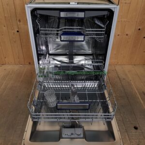 Siemens Fuldt integrerbar opvaskemaskine SN65V096EU/74 *A++ *Bestikbakke *Lydniveau: 44 dB