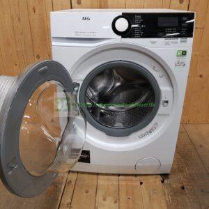 AEG med Damp vaskemaskine L8FSK865E  *8kg *1600rpm *Kulfri *Energiklasse: B  *Lydniveau 51db(A) /  77db(A)